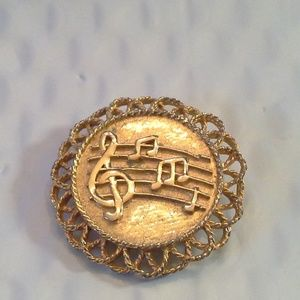 Jewelry - Vintage Music Brooch Pin Gold Tone Filigree Round